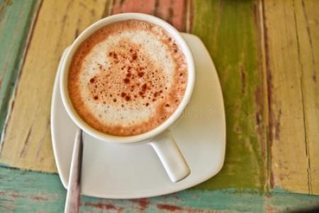 茶水是酸性还是碱性 - 茶叶水是碱性